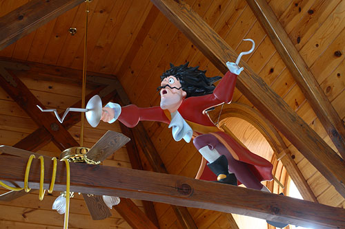 captain hook statue in train station